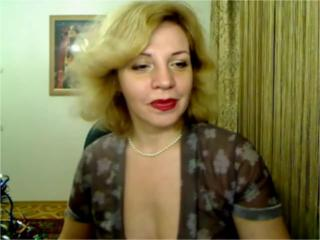 AmazingDeborah - VIP Videos - 324408